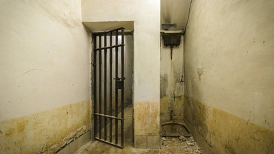 prison, door, cell - image